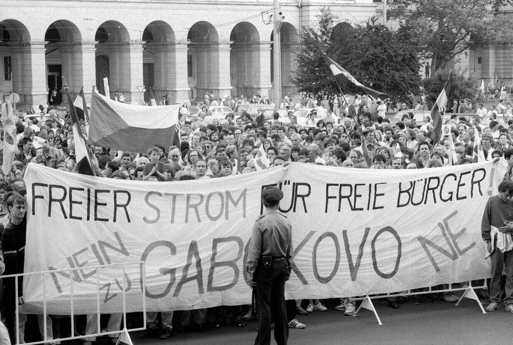 1989. május 26.
